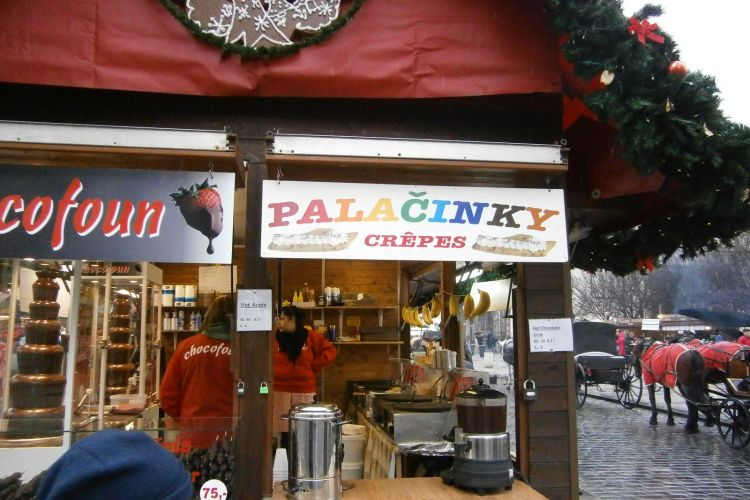 """Tak určitě, co by to bylo za tradiční české vánoční trhy bez """"pravých"""" francouzských palačinek!"""